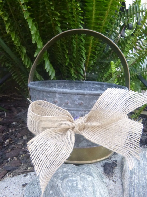 Country small metal flower girl basket - Small tin girl ...