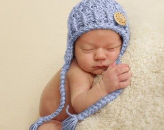 NEWBORN Baby Boy Hat, 0-1 Months Baby Boy Earflap Hat, Baby Boy Earflap Beanie. Blue Hat with Wodden Button. Newborn Photo Props. Baby Gift.