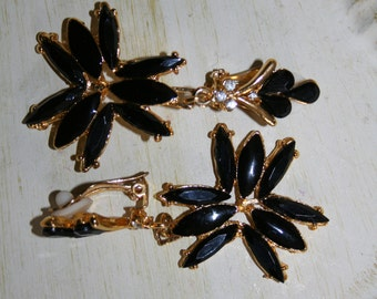Earrings Lovely Vintage Floral, Black Glass, Blue Glass, One is Avon