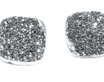 Grade AAA 1 Piece Silver / Gray Square Calibrated Druzy Agate Cabochon 10mm B46DR1900
