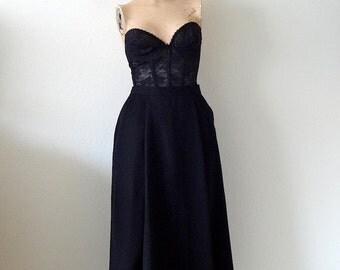 1970s A-Line Skirt / wool gabardine pleated skirt / vintage fashion
