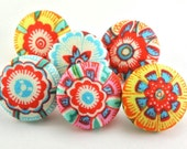 Pushpin / Magnet / Bright Flowers  / Thumb Tacks / Fabric Covered  / Office  Lark Heirloom / Pretty Office Decor / Drawing Pins 65