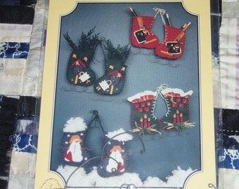 1996 Buckeye Tree Pattern 192 for Woodland Companions Felt Ice Skate Ornaments, Unopened