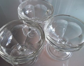 Federal Glass Ice Cream Dishes, Vintage Serving, Set of Three, Clear Glass Bowls, Dessert Bowls