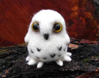 Needle felted snowy owl