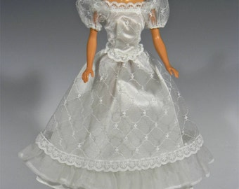 Fabulous BARBIE WEDDING PARTY Bridal Gown Only, No 7965, Mint, 1984-1985