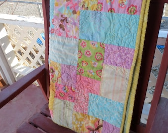 Girly Floral Quilt - Bright