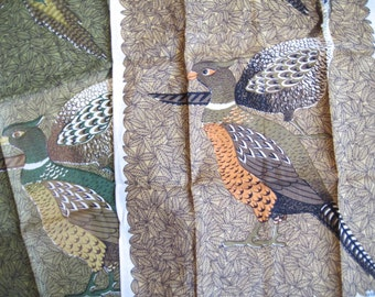 Lois and the pheasants. Pair of vtg linen Lois Long kitchen towels, pheasants, fowl, birds. Unused, great vintage condition.