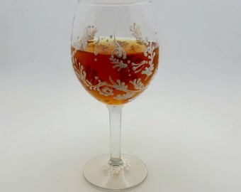 Hand painted Victorian style wine glass - listing is for one glass - Textured lacy snow leaf in a free flowing design - Fantasy on ice