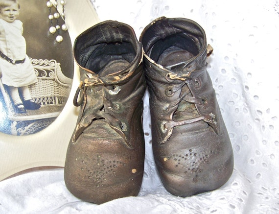 Antique Bronze Baby Shoes Baby Keepsake Baby by cynthiasattic