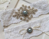 Bridal beaded rhinestone stretch lace garter set. Crystal applique blue pearl vintage wedding garter set.  VINTAGE BLUE