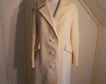 Town Coat 1960s in Ivory