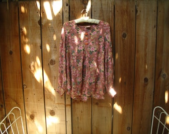 FLOWY vintage MuTED PINK FLoRALS blouse s / m.