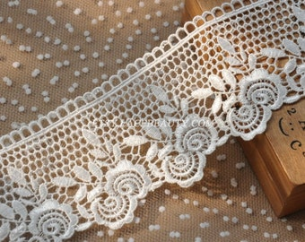 Off White Venice lace Exquisite Rose Embroidered Lace Trim 3.5 Inches Wide 1 Yard High Quality