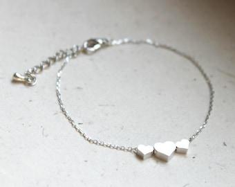 Cute Three silver Heart charms Bracelet - S3315-1