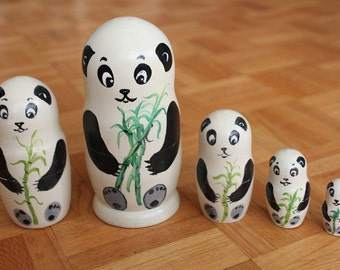 Panda Nesting dolls set of 5