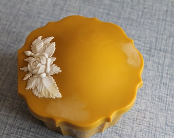 Vintage Yellow Ochre with White Roses Schwarz Bros Powder Compact Canister Glendale Cali
