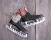 Vintage Brown and Black Leather Mens Hockey Skates Sportsmaster Ice Skate size  9 Winter Home Decor Christmas Decoration