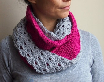PDF Infinity scarf PDF crochet pattern - circle lace loop double face- DIY tutorial - Quick and easy gift