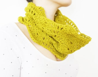Crochet Infinity Scarf Crochet Scarf Chunky Scarf Crocheted Infinity Scarf Cowl Scarf NeckWarmer Crochet Infinity Scarf Handmade Scarf