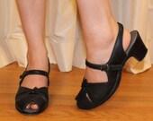 Vintage 1950s // 50s Black Faux Leather Buckle Heel