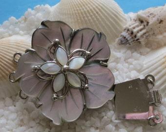 Brass Sea Shell Flower Box Clasp - Platinum Plated - 36 x 38mm - 1 pc