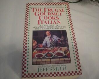 Vintage Cookbook  The Frugal Gourmet Jeff Smith  'Cooks Italian Cookbook', Book, Cookbook, Gourmet, Antique, Unique, Victorian, Unique,Retro