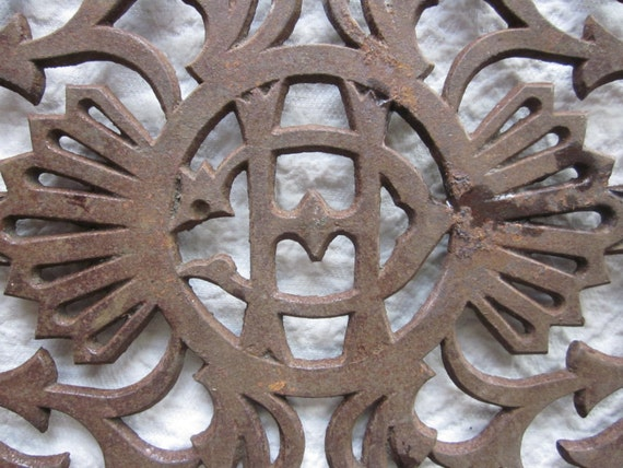 1800 39 S Cast Iron Wall Decor Repurpose Me Stove Part