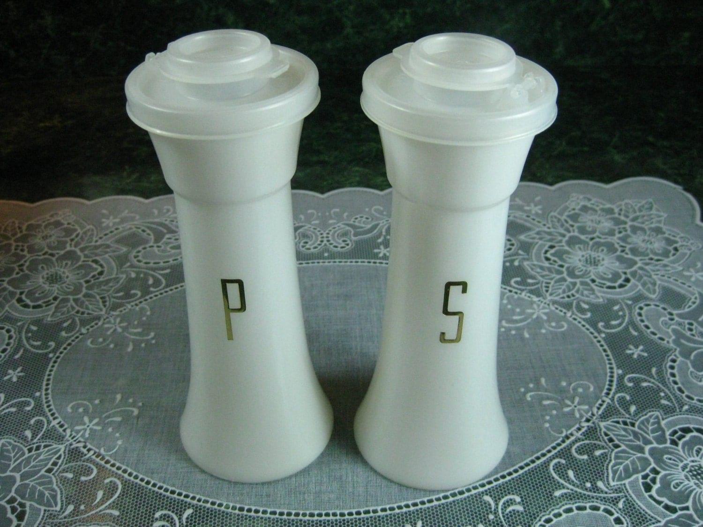 Vintage Tupperware Salt Amp Pepper Shaker Set