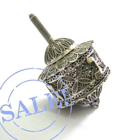 SALE 10% OFF - Sterling Silver Artisan Filigree Hanukkah Dreidel Special Box Dreidel Collectors Item - Judaica - Free Shipping ID948