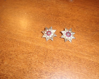 vintage clip on earrings goldtone stars