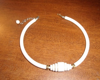 vintage necklace choker white