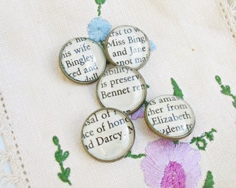 Pride and Prejudice Buttons Shank Set Jane Austen Mr Darcy Elizabeth Bennet Handmade 20mm Vintage Brass Upcycled Text Book Domum Vindemia