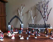 Figures Scenery for Christmas or Model Train Scenes