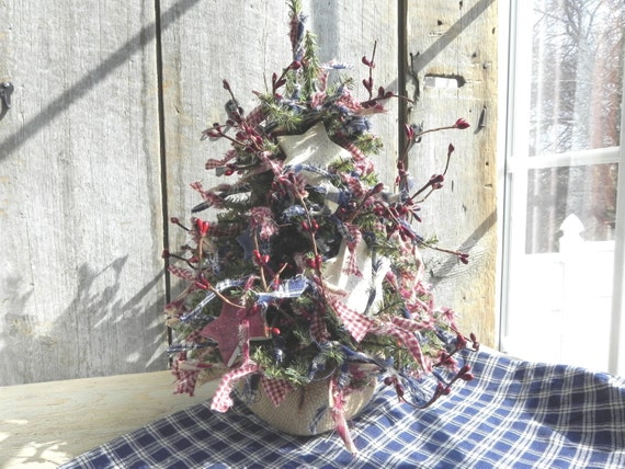 "Primitive Patriotic 15"" Kitchen Tree with Handpainted RWB Salt Dough Stars"