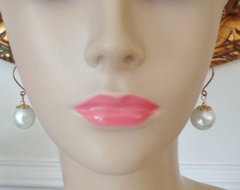 Excella Pearl Earrings