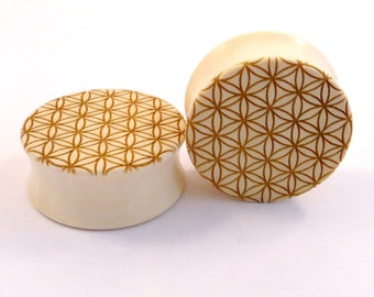 "Sacred Geometry Holly Wooden Plugs 11/16"" (17.5mm) 3/4"" (19mm) 13/16"" (20mm) 7/8"" (22mm) 1"" (25.5mm) (28mm) Wood Flower of Life Ear Gauges"