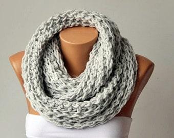 Chunky crochet knitting scarf, infinity loop crochet scarf , chunky crochet scarf ,big crochet scarf, infinity chunky , crochet cowl chunky