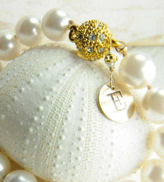 Loving this personalized pearl bracelet
