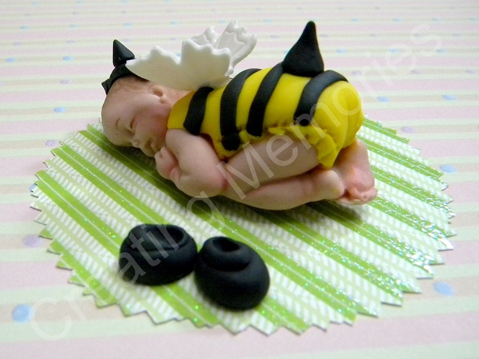Edible Cake Images Storage : Bee Baby Edible Cake Topper Made of Vanilla Fondant/BABY