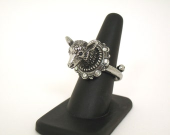 Mounted Sheep ring