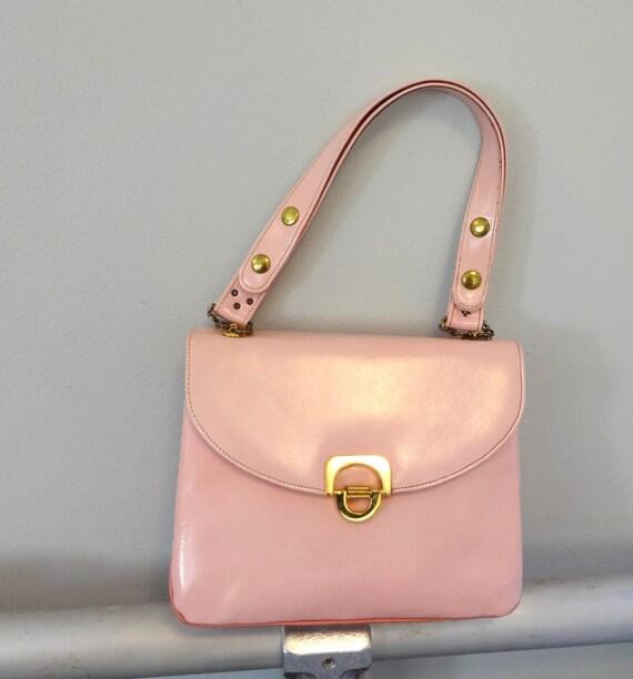 1960s Bubblegum Pink Leather Shoulder HandBag