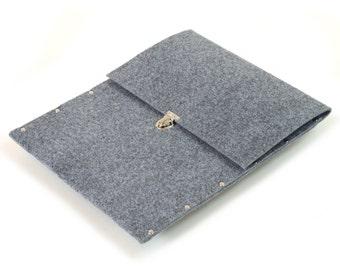 MacBook 13 Retina cover case gray synthetic felt briefcase handmade by SleeWay Studio