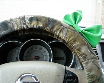Steering Wheel Cover Bow - YOU CHOOSE BOW Mossy Oak Camouflage Steering Wheel Cover with Bow BF11219