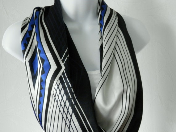 Modern Art Deco Infinity Scarf in Black, Royal Blue and Off White Handmade Fashion by Thimbledoodle