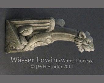 Wässer Lowin gargoyle by Jay W. Hungate