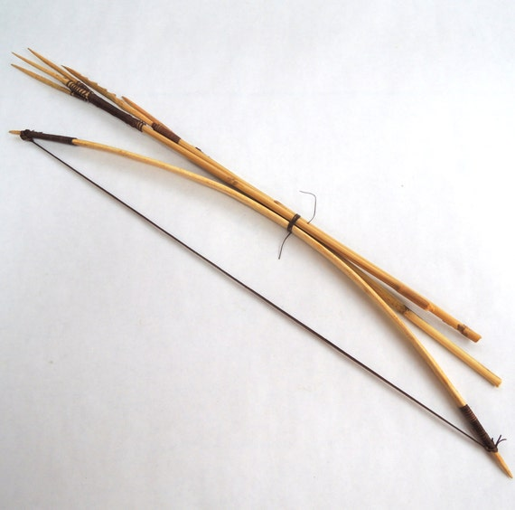 how to make a fishing bow and arrow