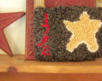 Primitive Style Hand Hooked Star Rug Shelf Sitter  Hanger Candle Keep Mug Keep