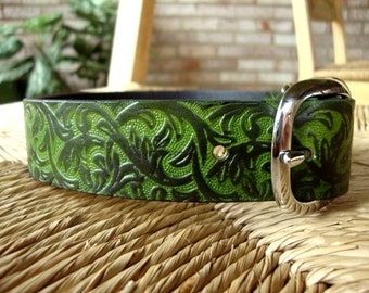 "Forest Green Leather Dog Collar. 1 1/4""  Forest Green and Black  Embossed Western Vine Collar."