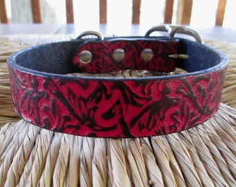 "Embossed Black and Scarlet Leather Dog Collar.  1"" Width.  Western Red and Black Vine Leather Collar."